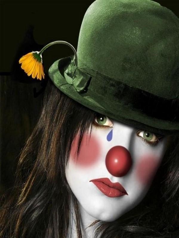 Les clowns  4eb3d8c1